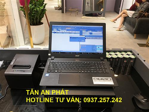 23-may-tinh-tien-tren-laptop